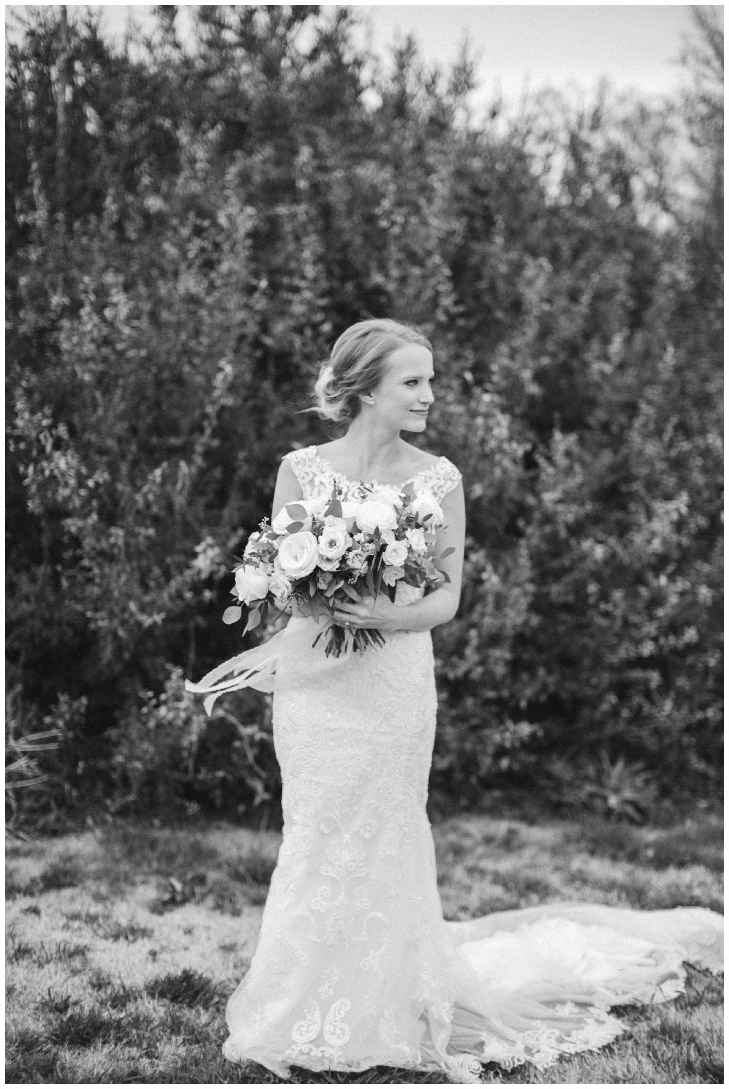 minimal timeless lubbock texas bridal portraits_25.jpg