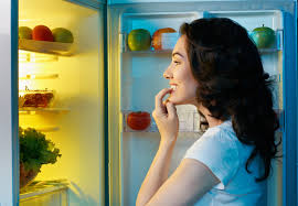 Late night snacking can have a negative effect on your body's metabolic health.