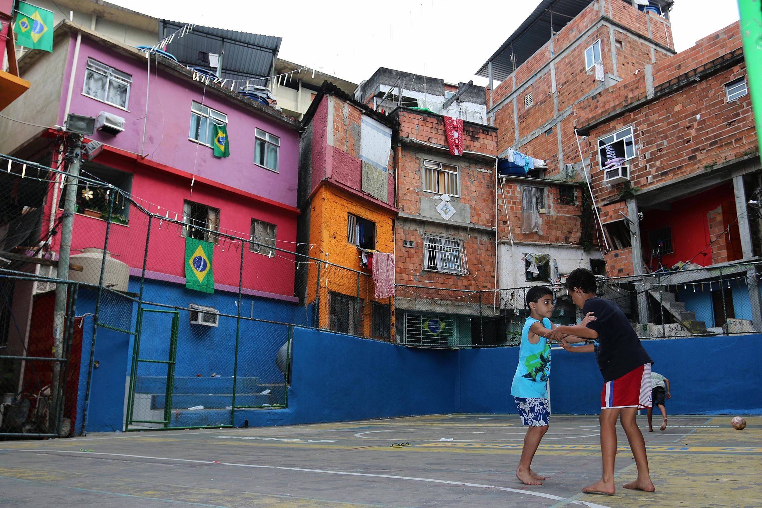Favela futebol -- Tavares Bastos, Rio de Janeiro, Brazil