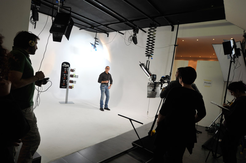 1-studiophotografia-backstage-gallery-Phase-Essenziale.jpg