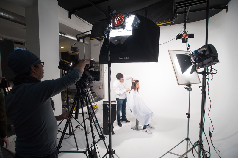 9-studiophotografia-backstage-gallery-Pino-Maggi-Hair-&-Beauty.jpg