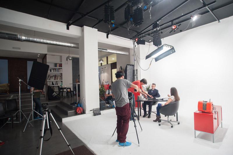 2-studiophotografia-backstage-gallery-tutorial-zanichelli-fake-factory.jpg
