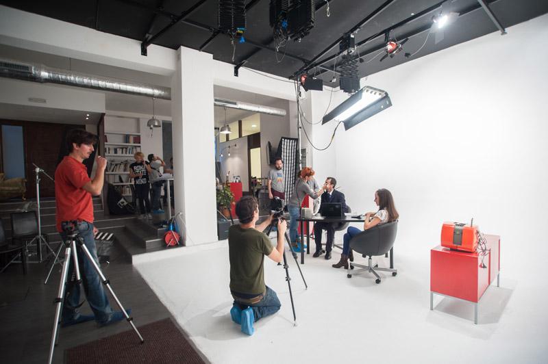 3-studiophotografia-backstage-gallery-tutorial-zanichelli-fake-factory.jpg