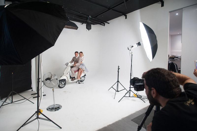 1-studiophotografia-backstage-gallery-Vacanze-Romane-Autieri-Conticini.jpg
