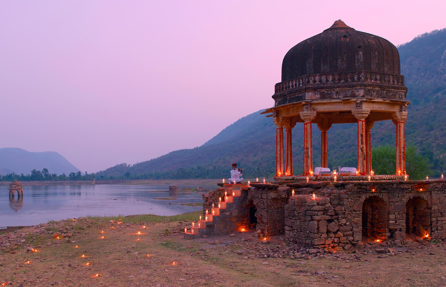amanbagh-dinner-at-small-chhatri.jpg