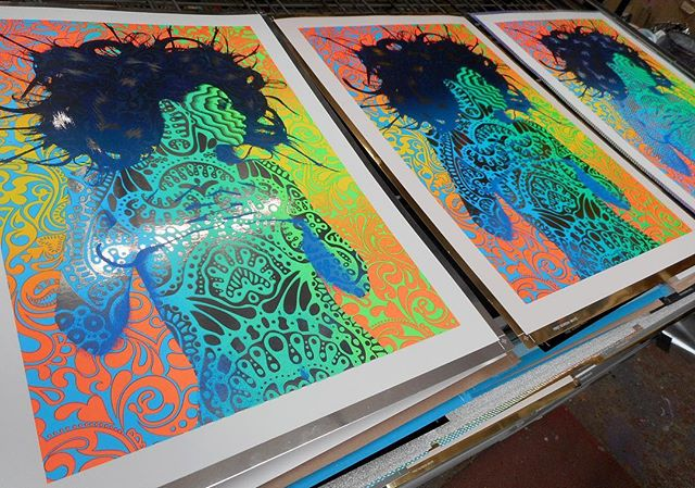We've got that #FridayFeeling ... flashback to a print we did for @apobiak for the @serena_morton gallery! The colours and detail 😍