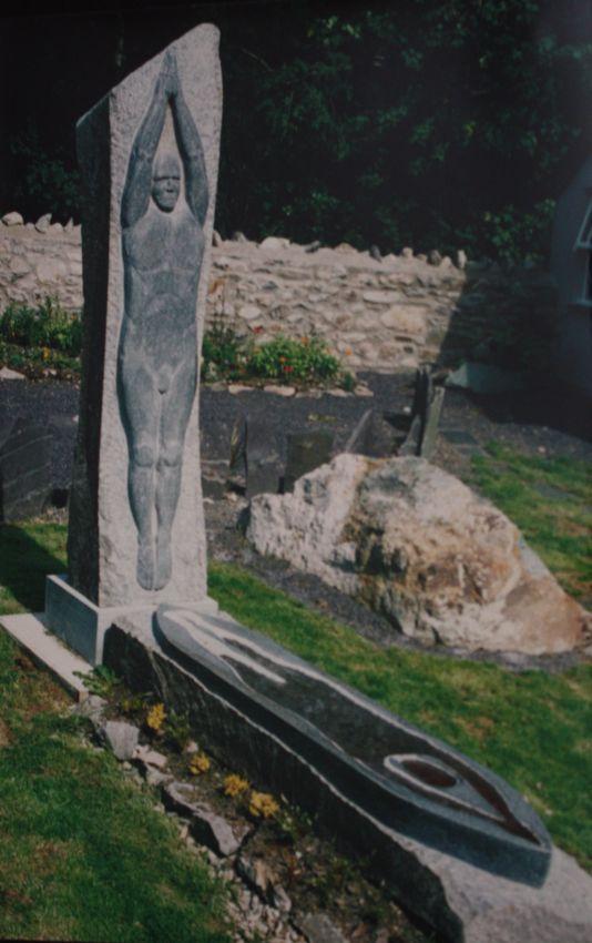 Dyn Unig Lone Man Antur Waunfawr Trefor Granite b