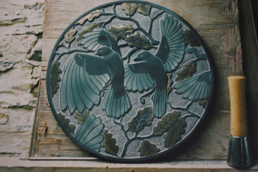 Wagtails Penrhyn Slate inlaid resin 12inch diameter