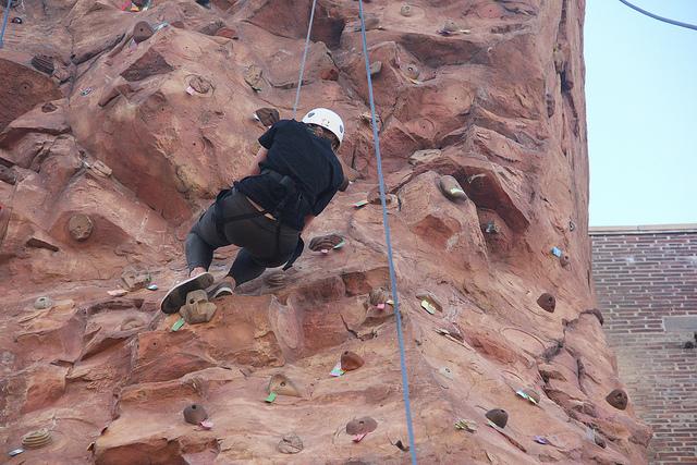 svaartpractice's photostream  on Flickr. Second Year MFA Art Practice Participants rock climb with Natalie Jeremijenko.