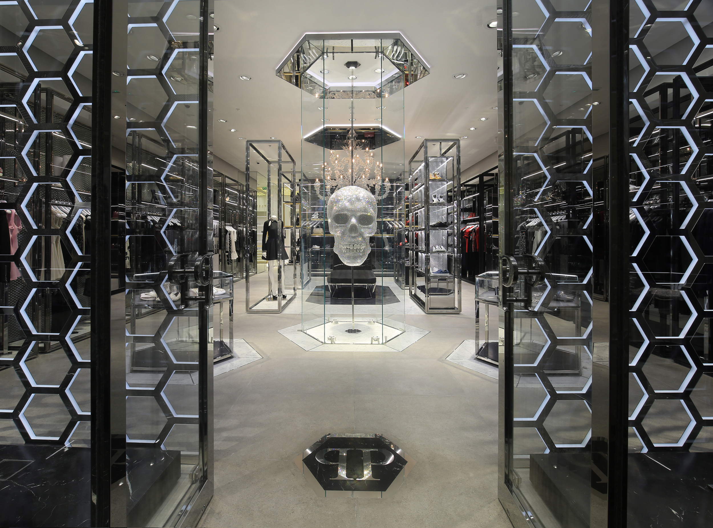 boutique-moe-philippplein_post_05.jpg