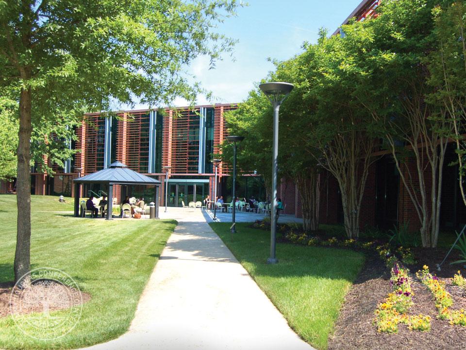 campus.6.jpg