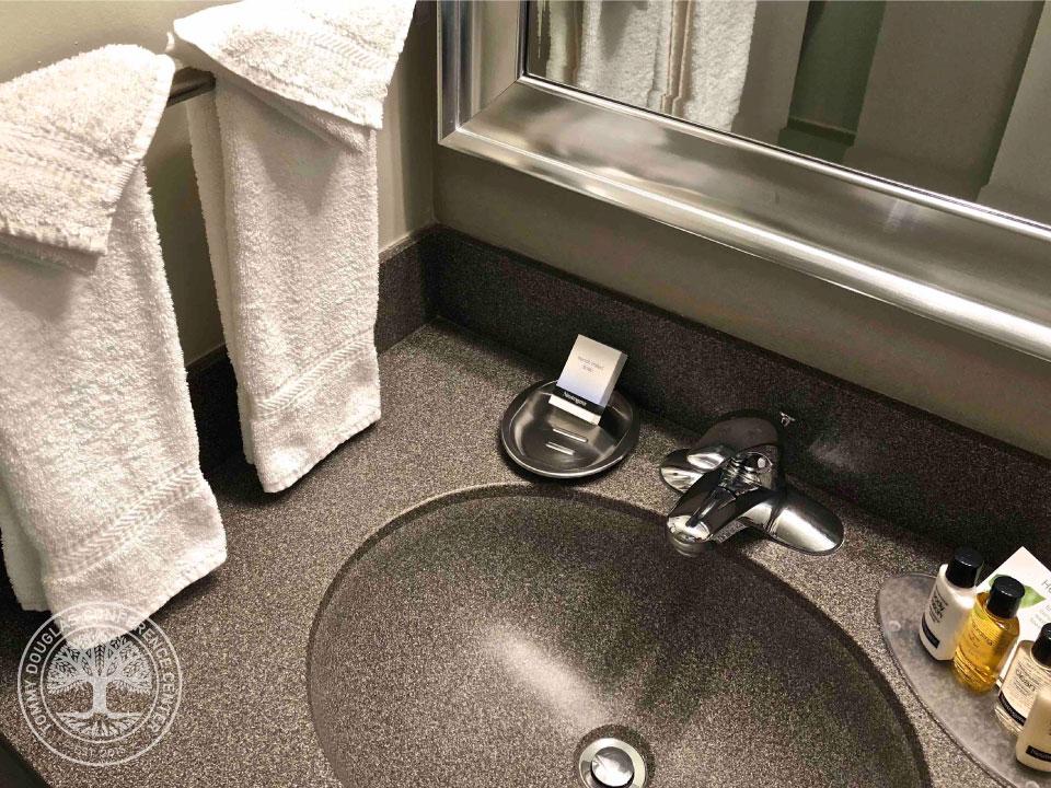Guestroom.image7.jpg