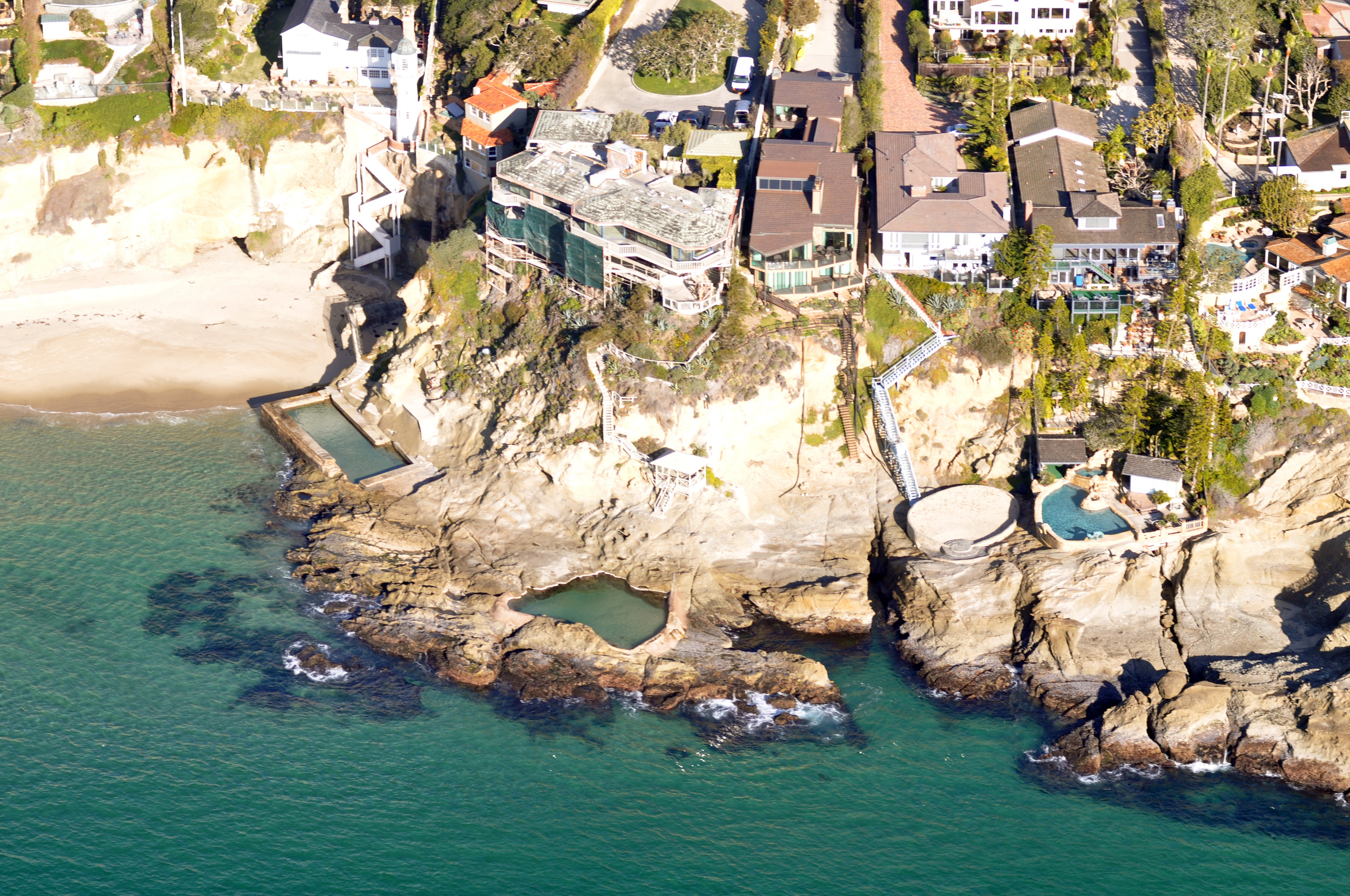 South_Laguna_Beach_CA_pools_Photo_D_Ramey_Logan.jpg