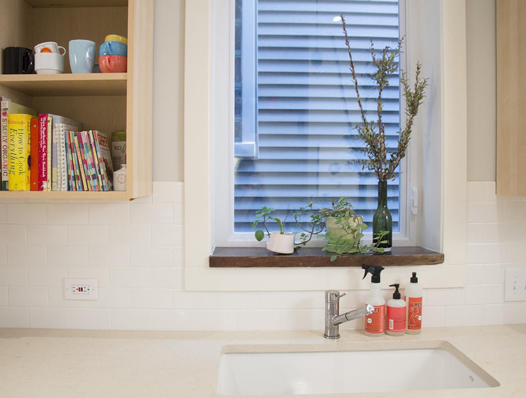 window2-sm.jpg