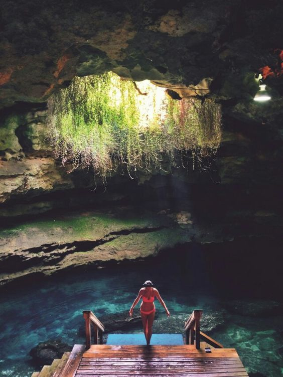 A true natural wonder, an underground spring with stalactites, fossil beds, and crystal clear water at year-round 72-degree temperatures. Devil's Den is now privately owned and general swimming is not allowed however,snorkeling and scuba diving is and they even will rent out gear if you don't have your own.