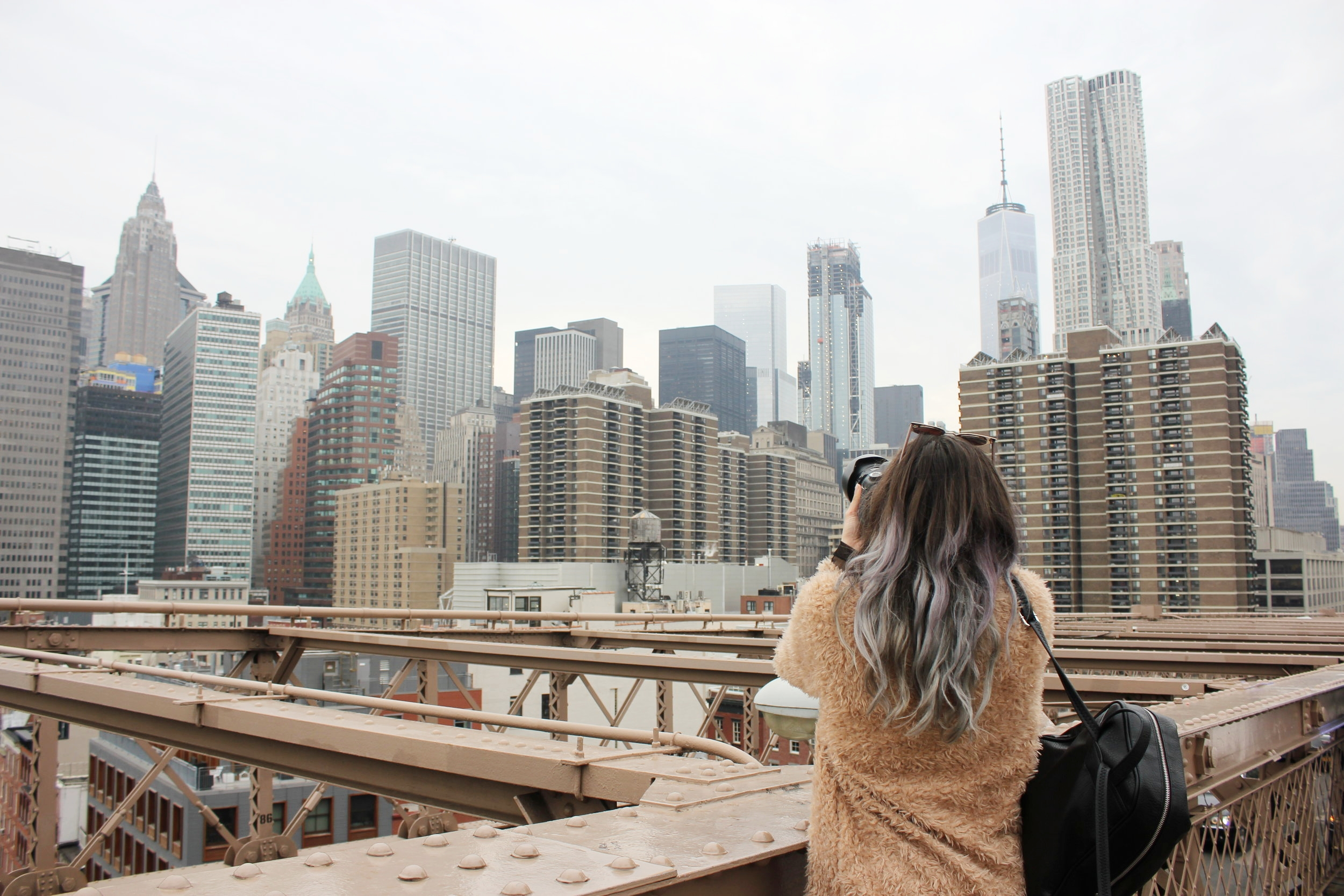 Ready to take on the city that never sleeps? Crash in a local's airbnb and get ready for the adventure, here is a #threadsbabe guide to Manhattan + Brooklyn...