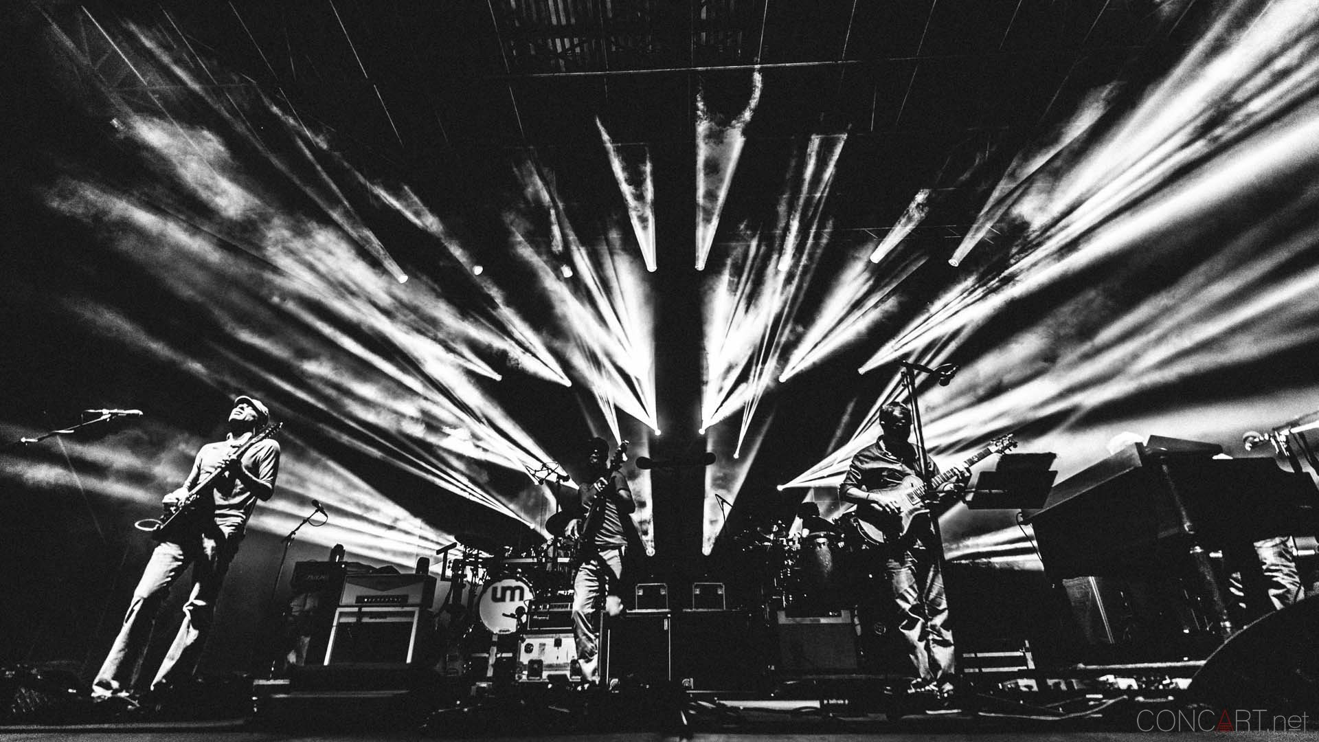 http://concart.net/shows/rock/umphreys-mcgee-live-the-lawn-indianapolis-2013/