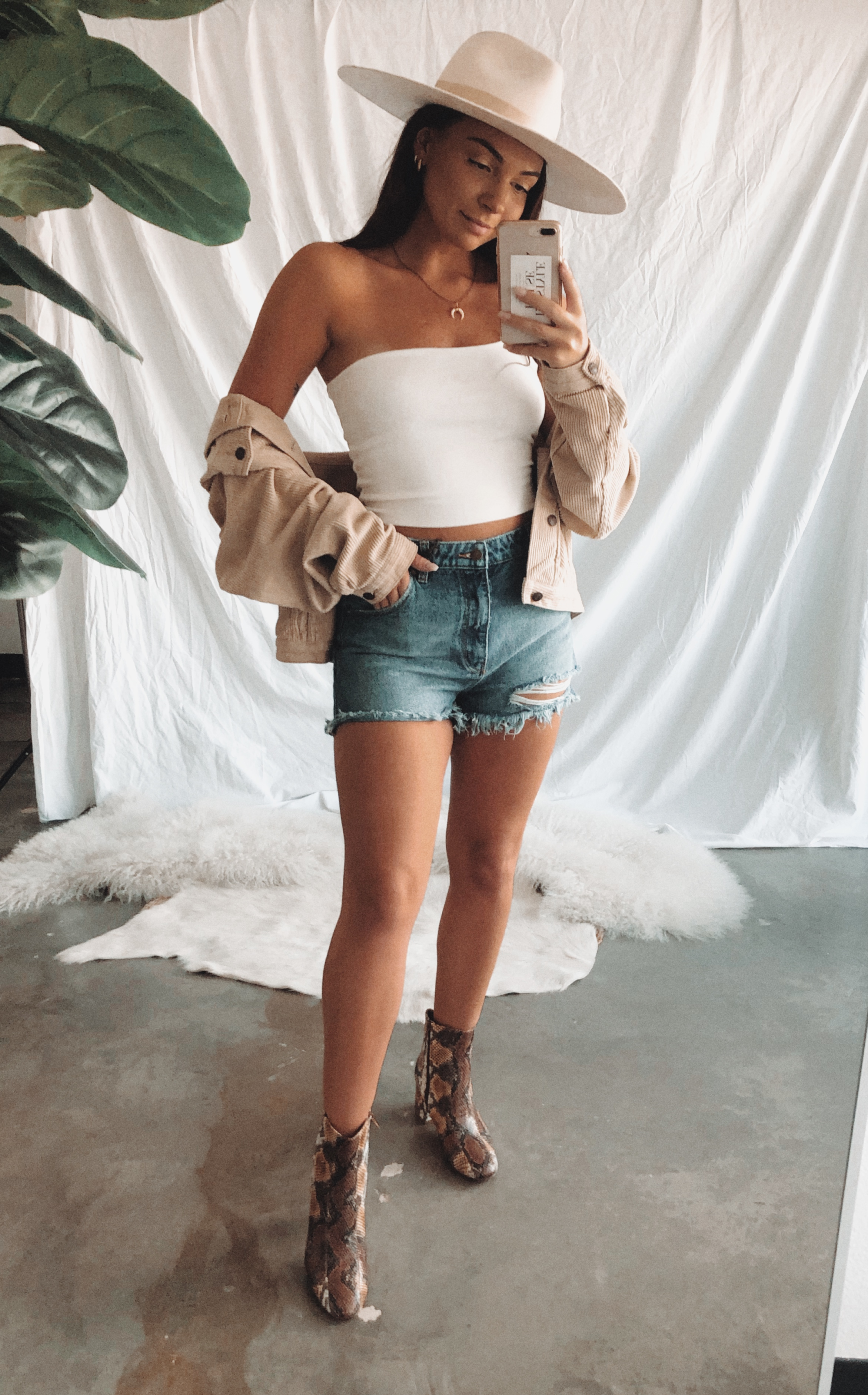 Vienna One Shoulder Crop Top    //    Rolla's Mina Distressed Duster Shorts    //    Chinese Laundry Davinna Bootie