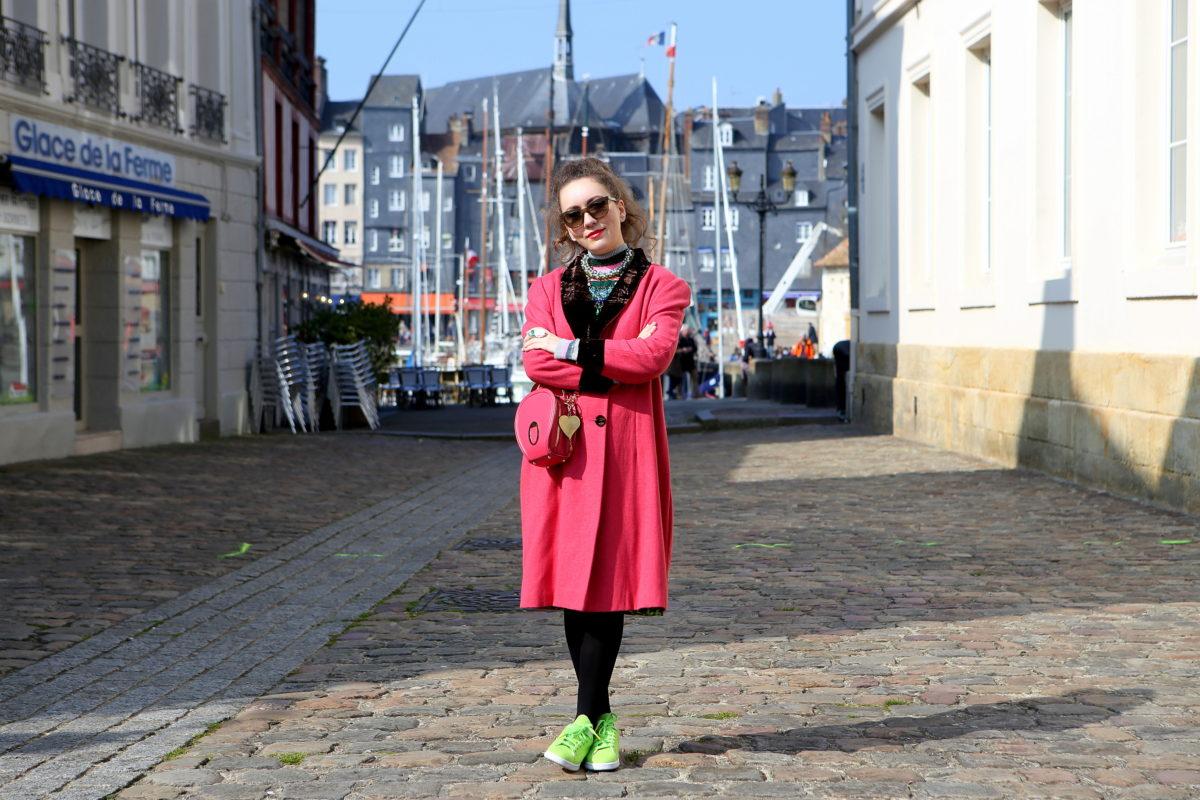 georgiana-boboc-wearing-olivia-carmignani-bag-1200x800.jpg