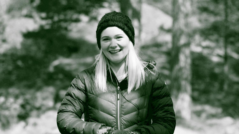 Jennifer Andersson, 19 år från Gotland. Drabbades av blodcancer vid tio års ålder. Här är hennes berättelse.