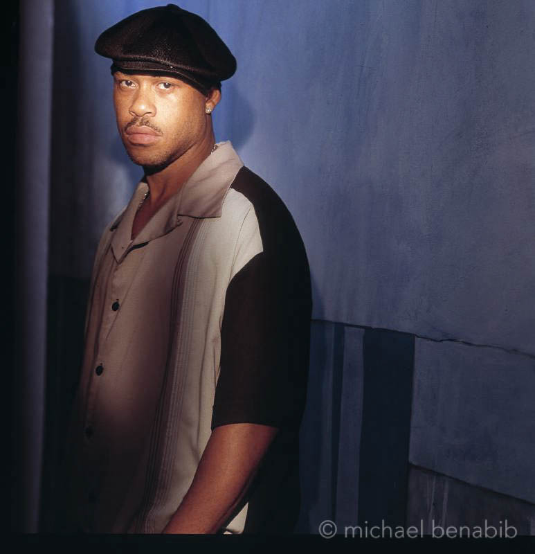 guru-gang-starr-classic-hip-hop-history-photos-michael-benabib-jazz-rap-east-coast.jpg