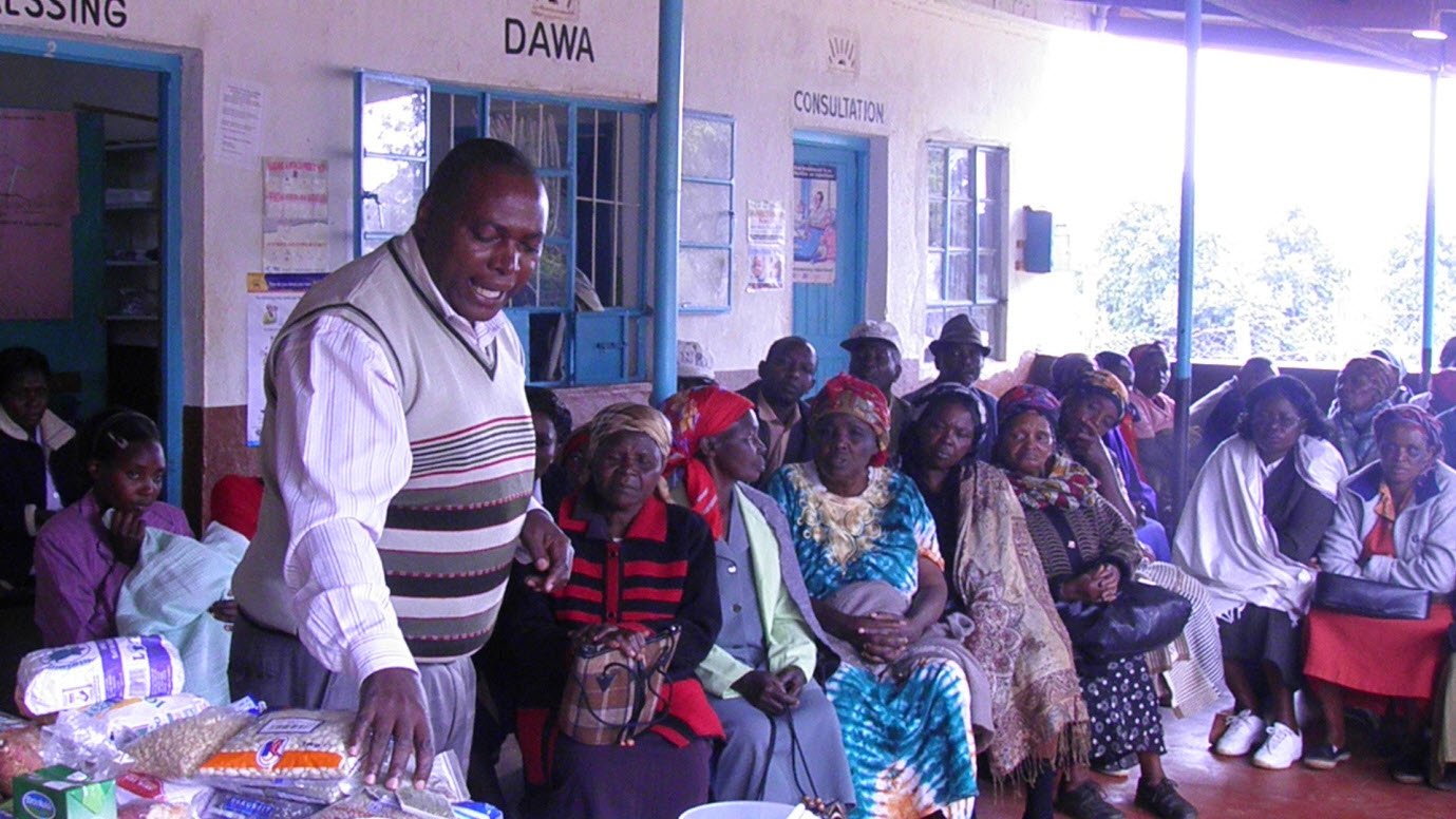 Sensitisation in the villages [photo credit: CartONG]