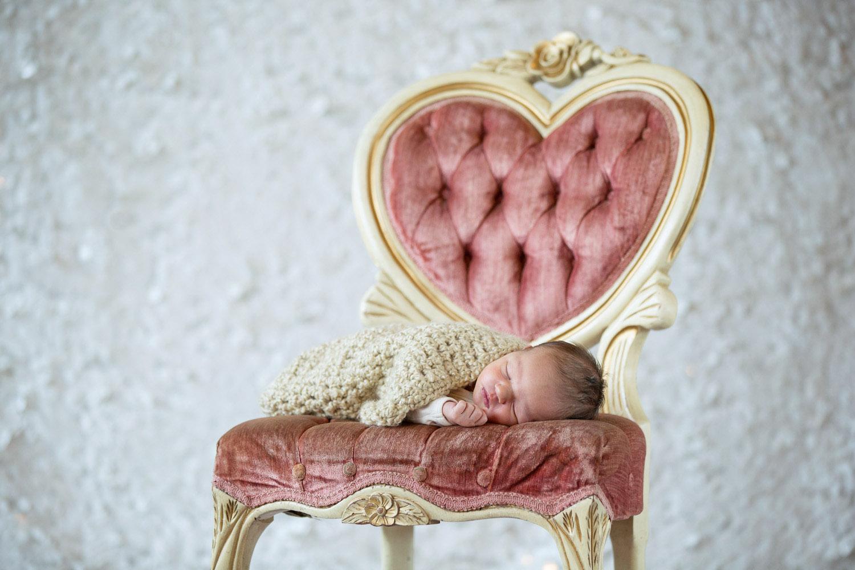 Newborn-Photograhper-09.jpg