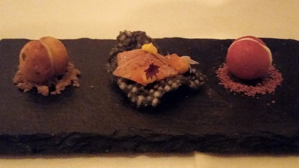 Amuse Bouche:  Parmesan and gruyere fritter, blackened salmon on a tapioca chip and a beetroot macaroon