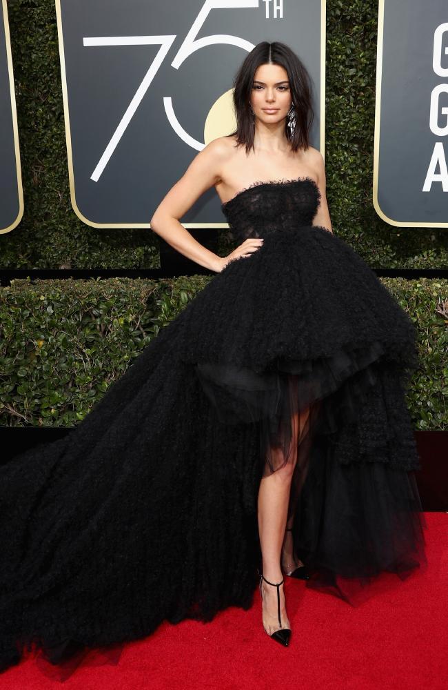 Kendall Jenner in Giambattista Valli
