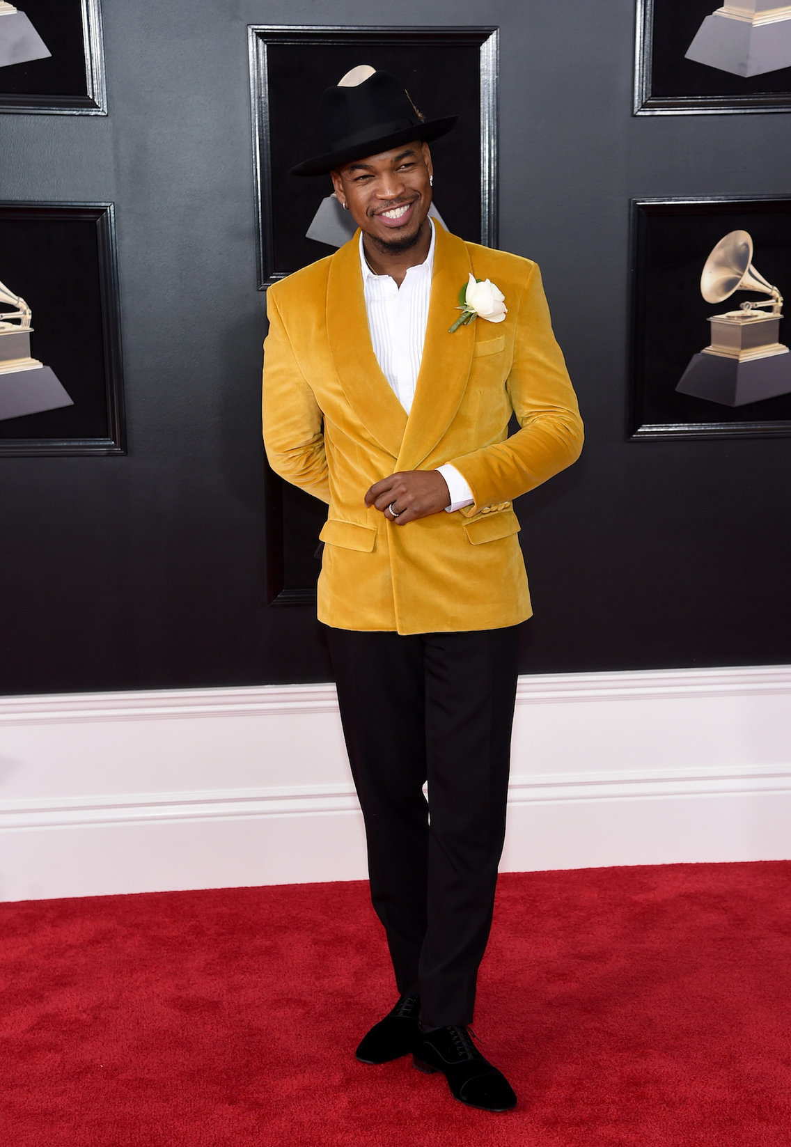 Ne-Yo in GreyScale Goods and Christian Louboutins
