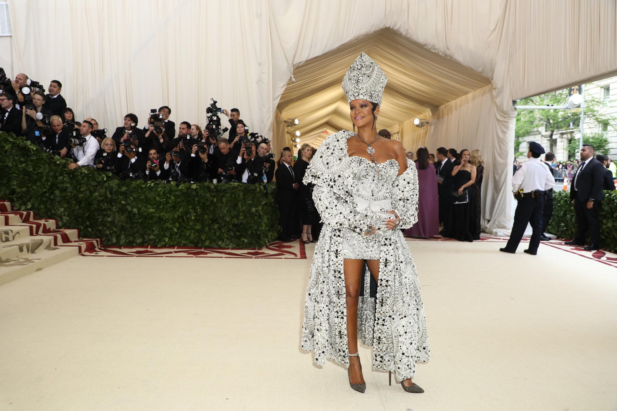 Rihanna  in Maison Margiela Artisanal