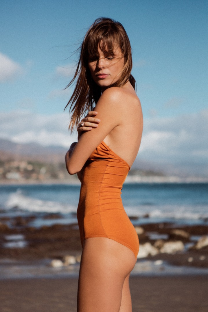 The Most Flattering Swimsuit Style To Get This Summer @ acheekylifestyle.com by Val Banderman