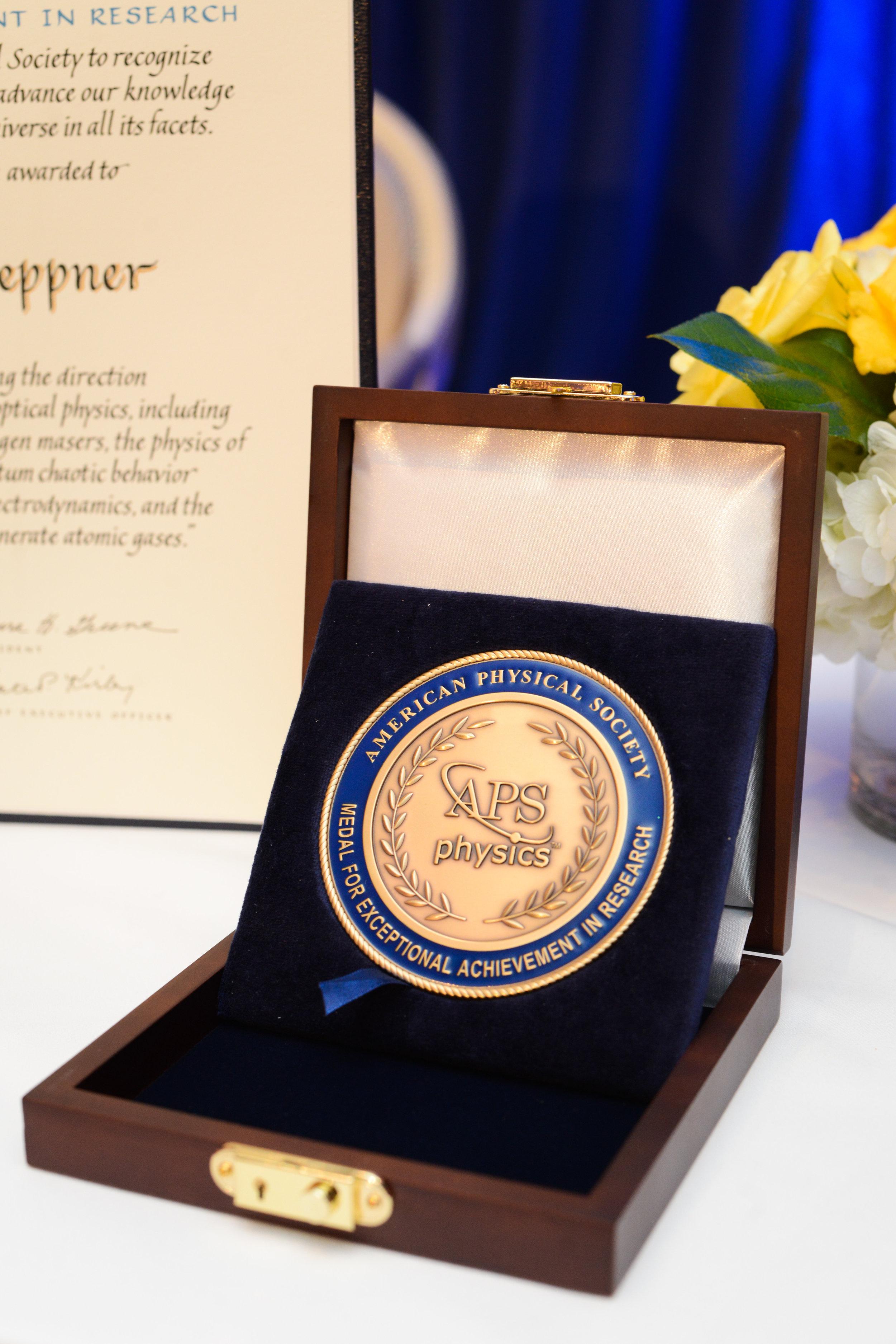 APS Award 2017-006.jpg