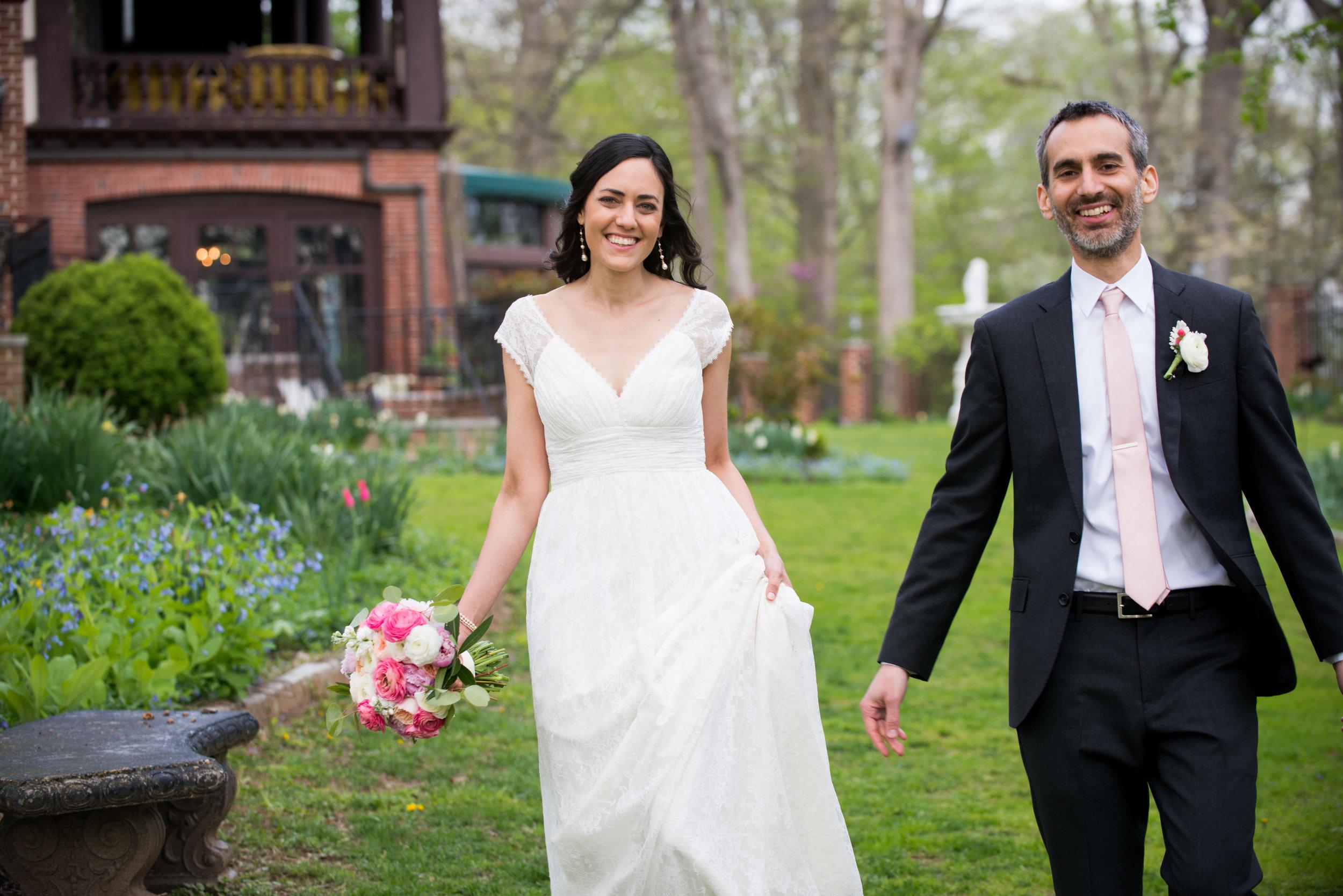 Elizabeth & Andrés Sneak Peek-016.jpg