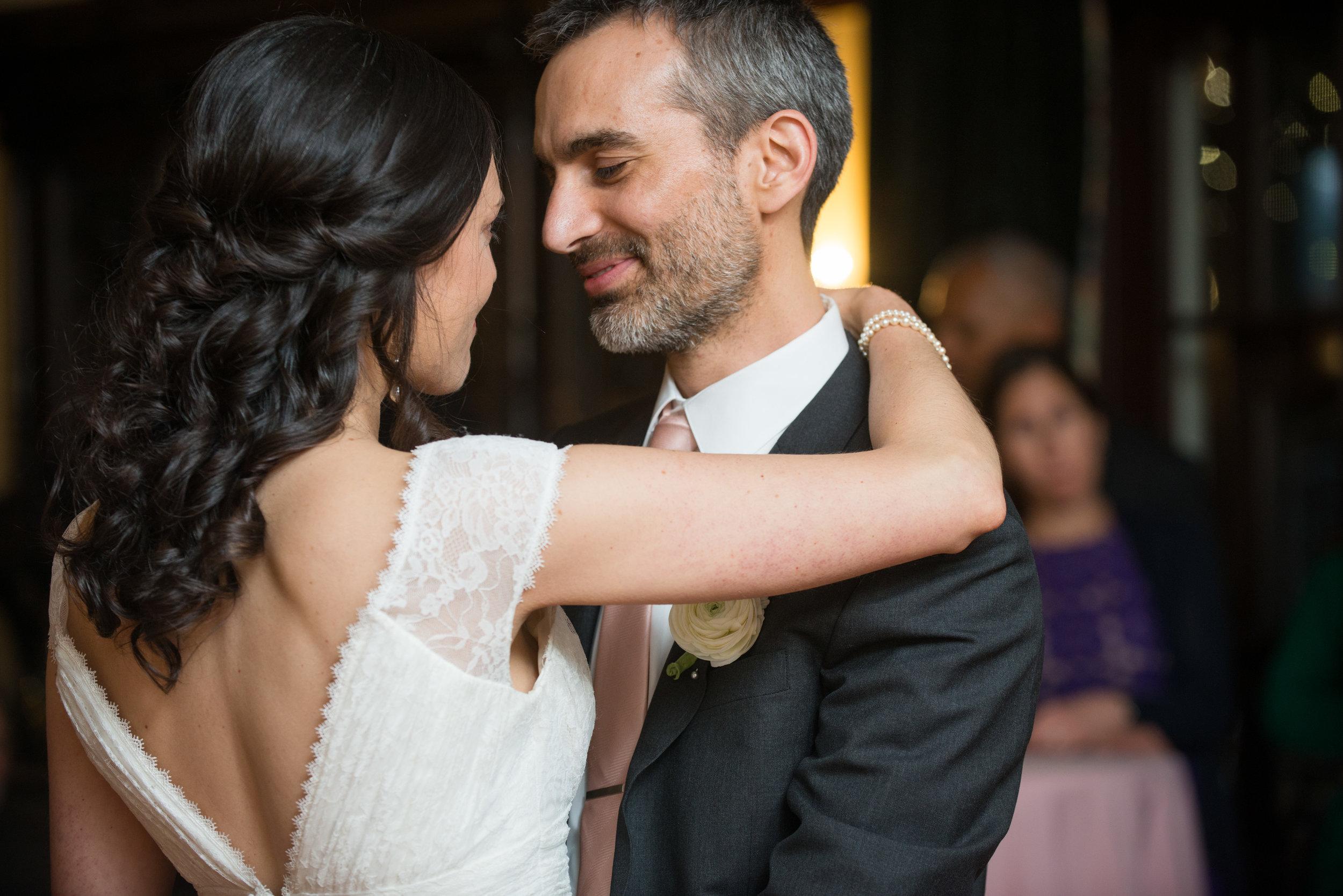 Elizabeth & Andrés Sneak Peek-025.jpg