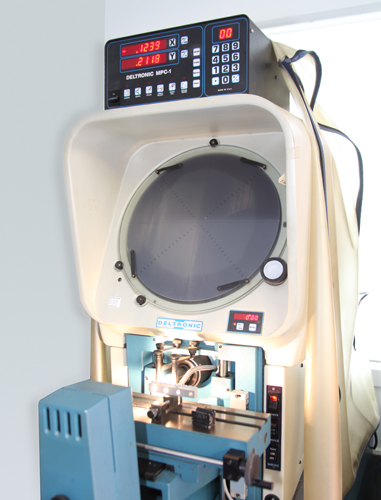 Deltronic DH-14 Optical Comparator
