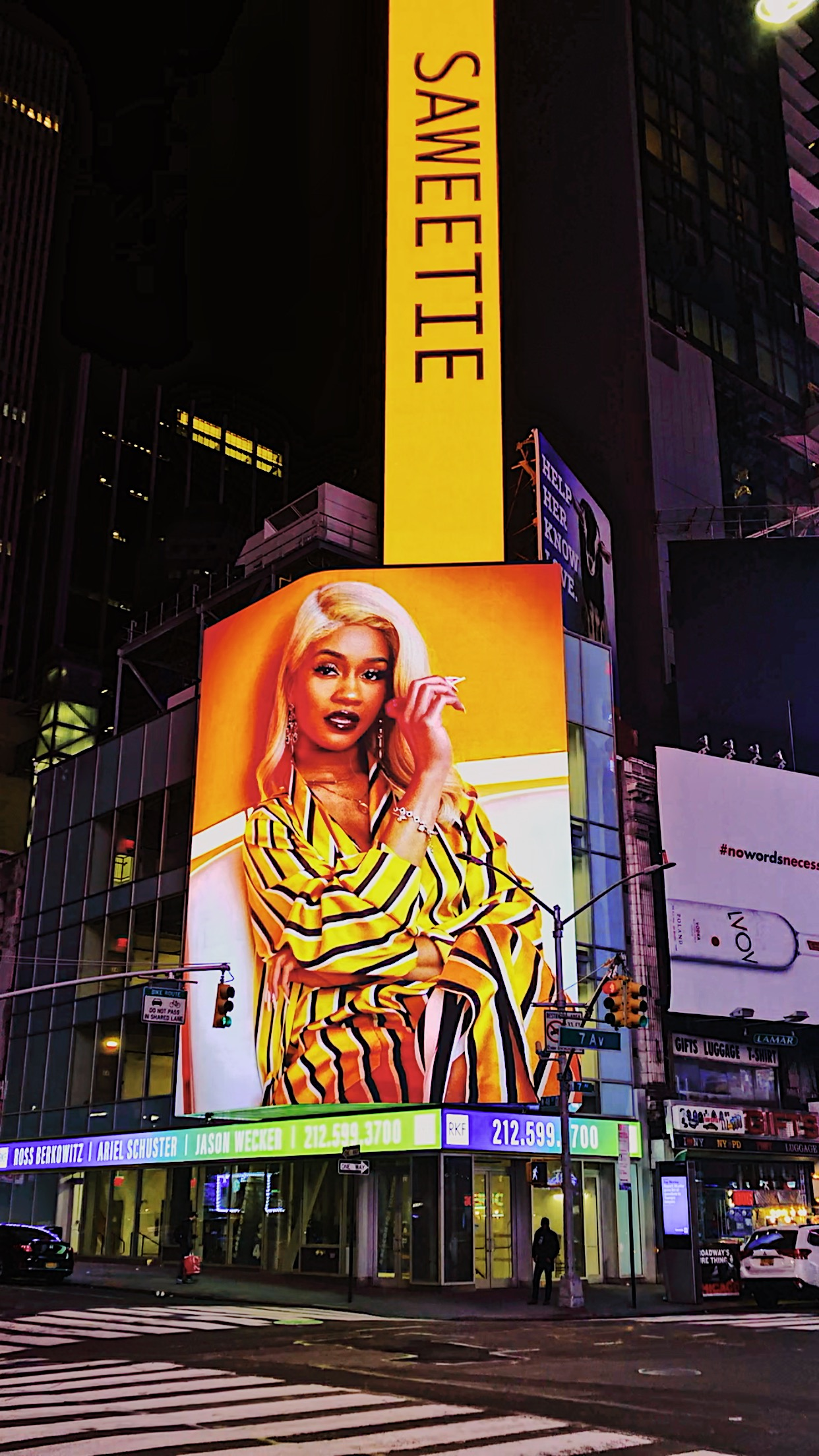 TIMES SQUARE DISPLAY - SAWEETIE'S NEW RELEASED ALBUM