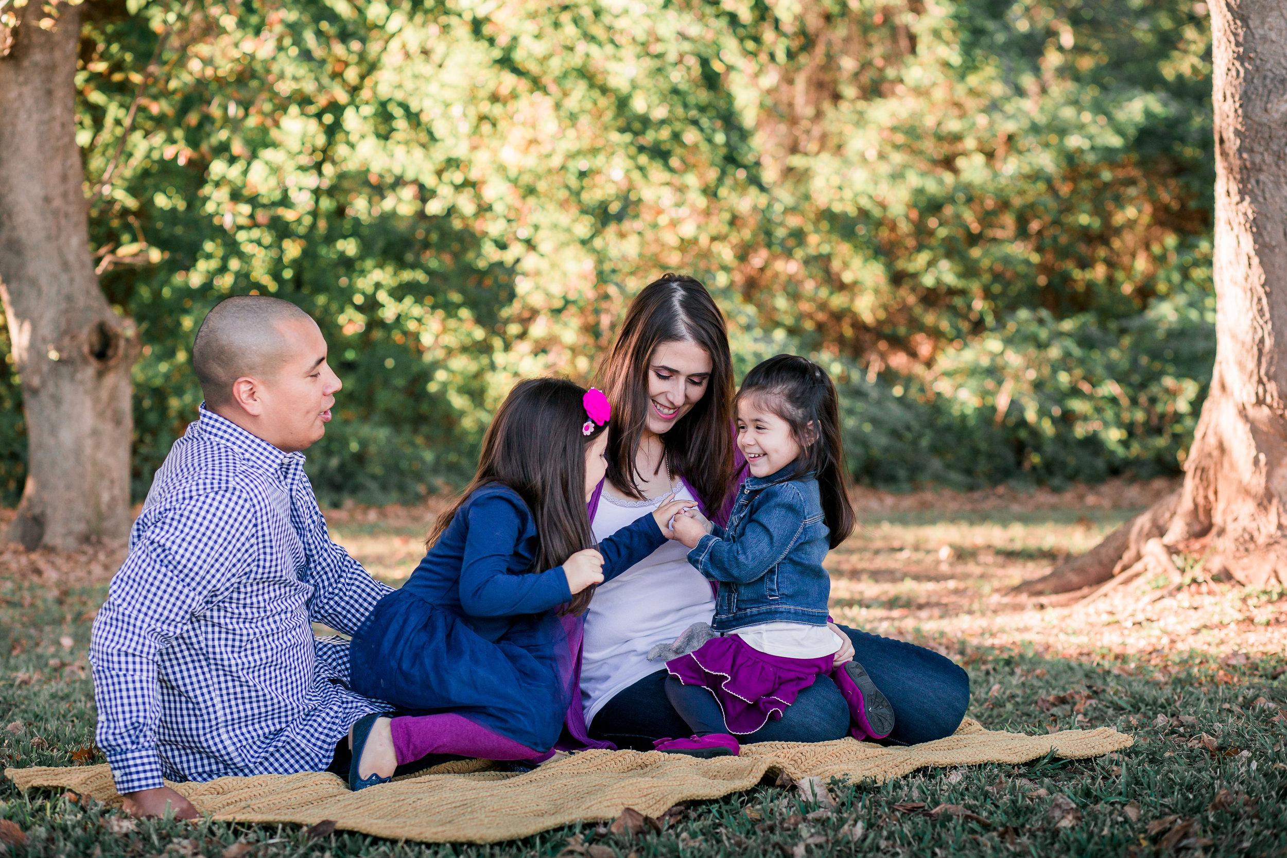 Fun Family of Four Photos   Houston TX