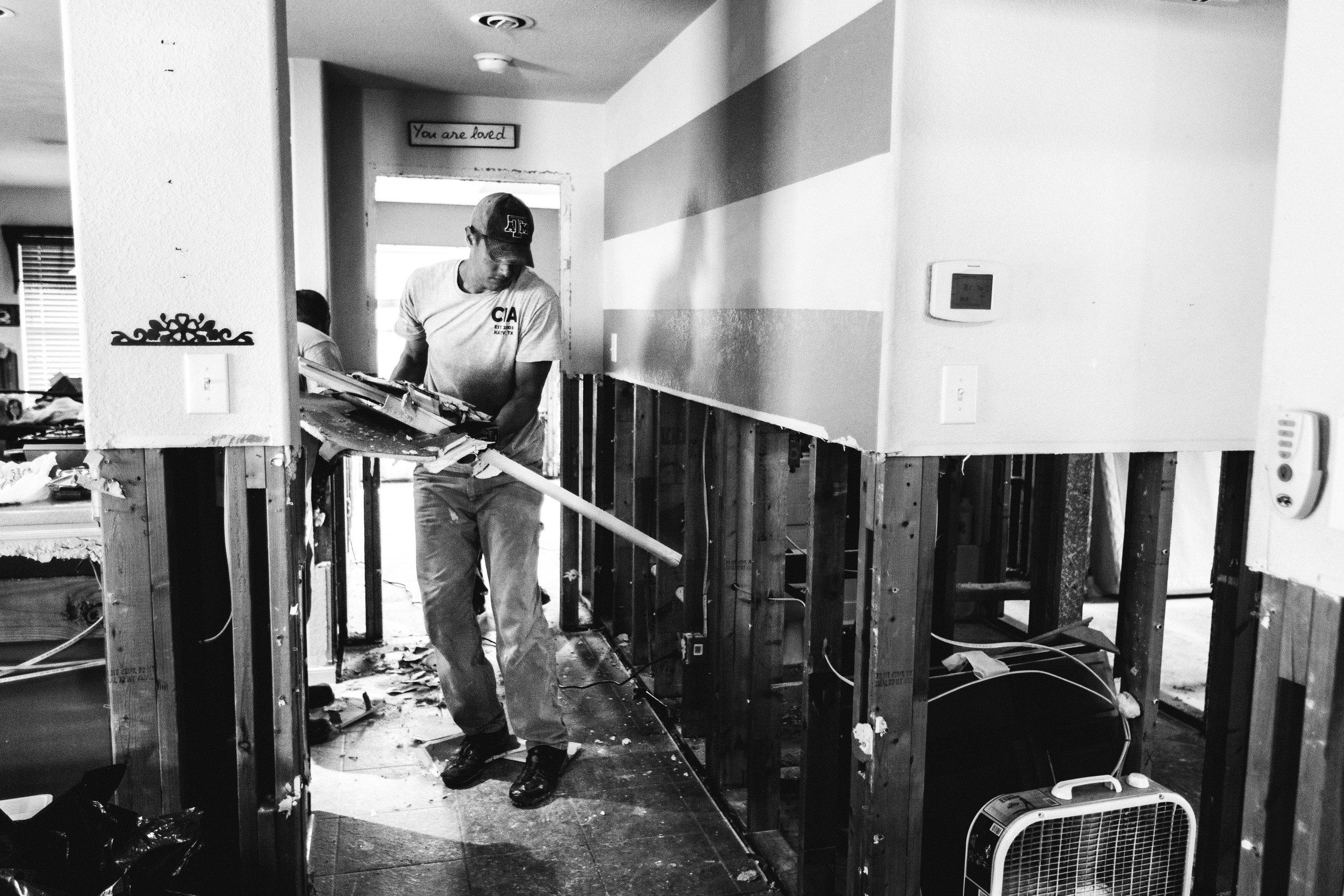 houston family photographer - hurricane harvey recovery