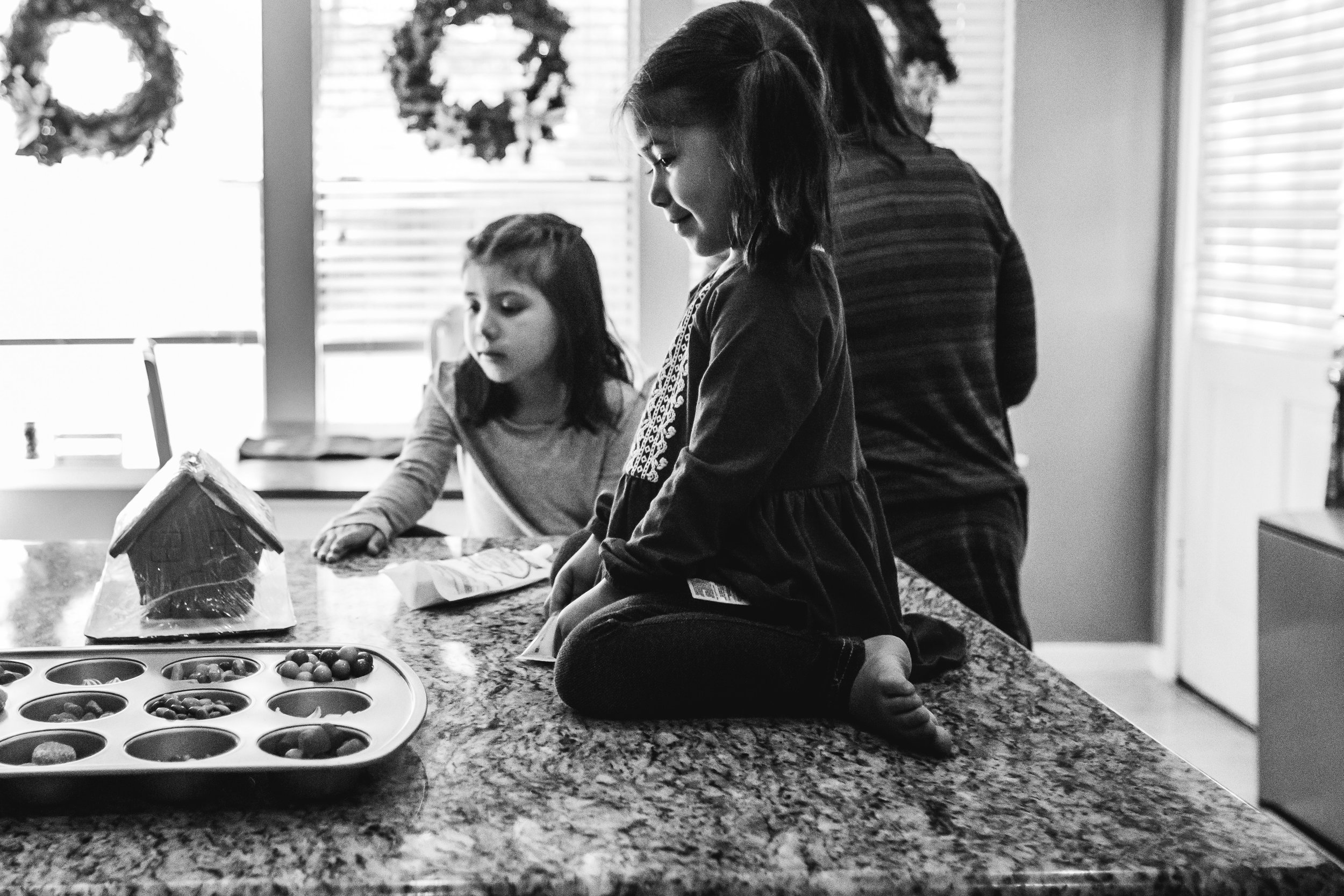 christmas-family-photos-documentary-photographer-banda-family-5426.jpg