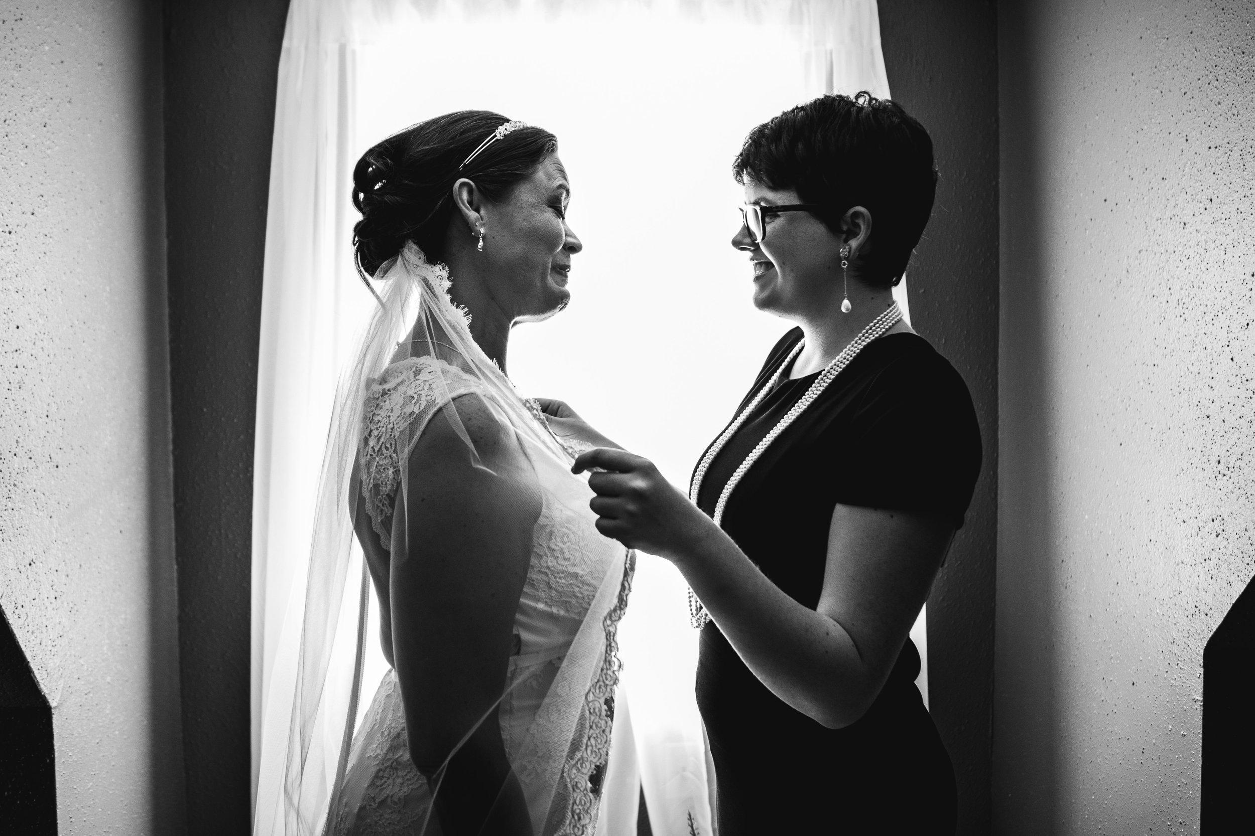Documentary Wedding Photographer in Houston-4.jpg