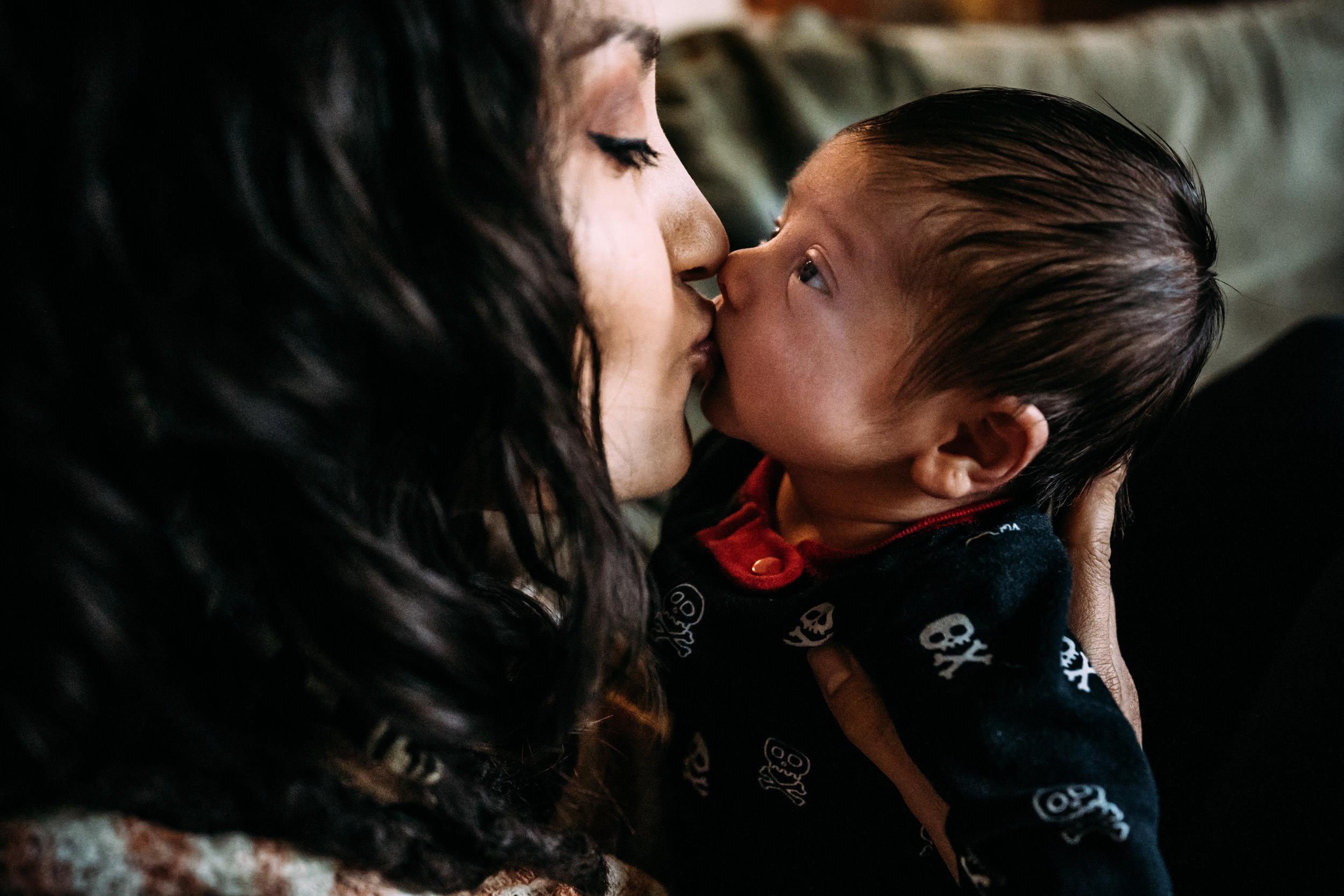 Documentary Family Photographer in Houston - Carter Newborn-09896.jpg
