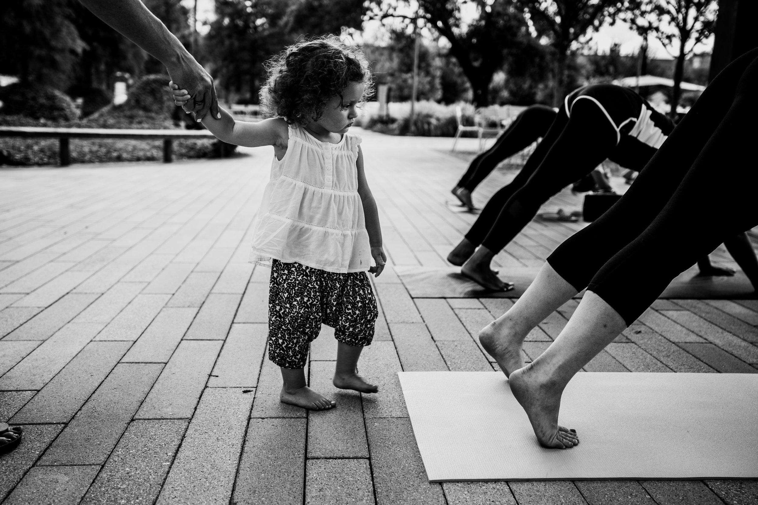 Little girl wants to do yoga