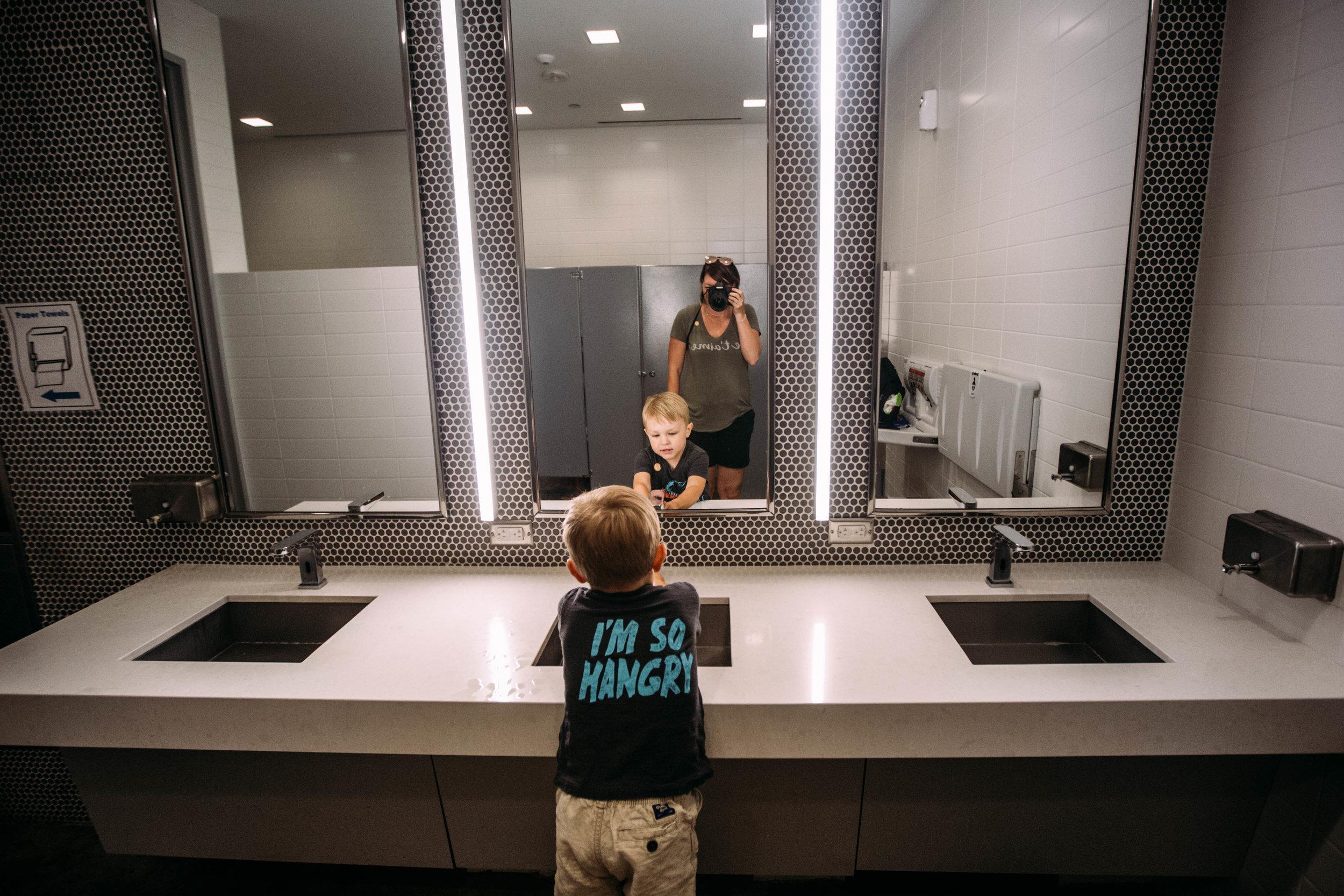bathroom selfie-1.jpg