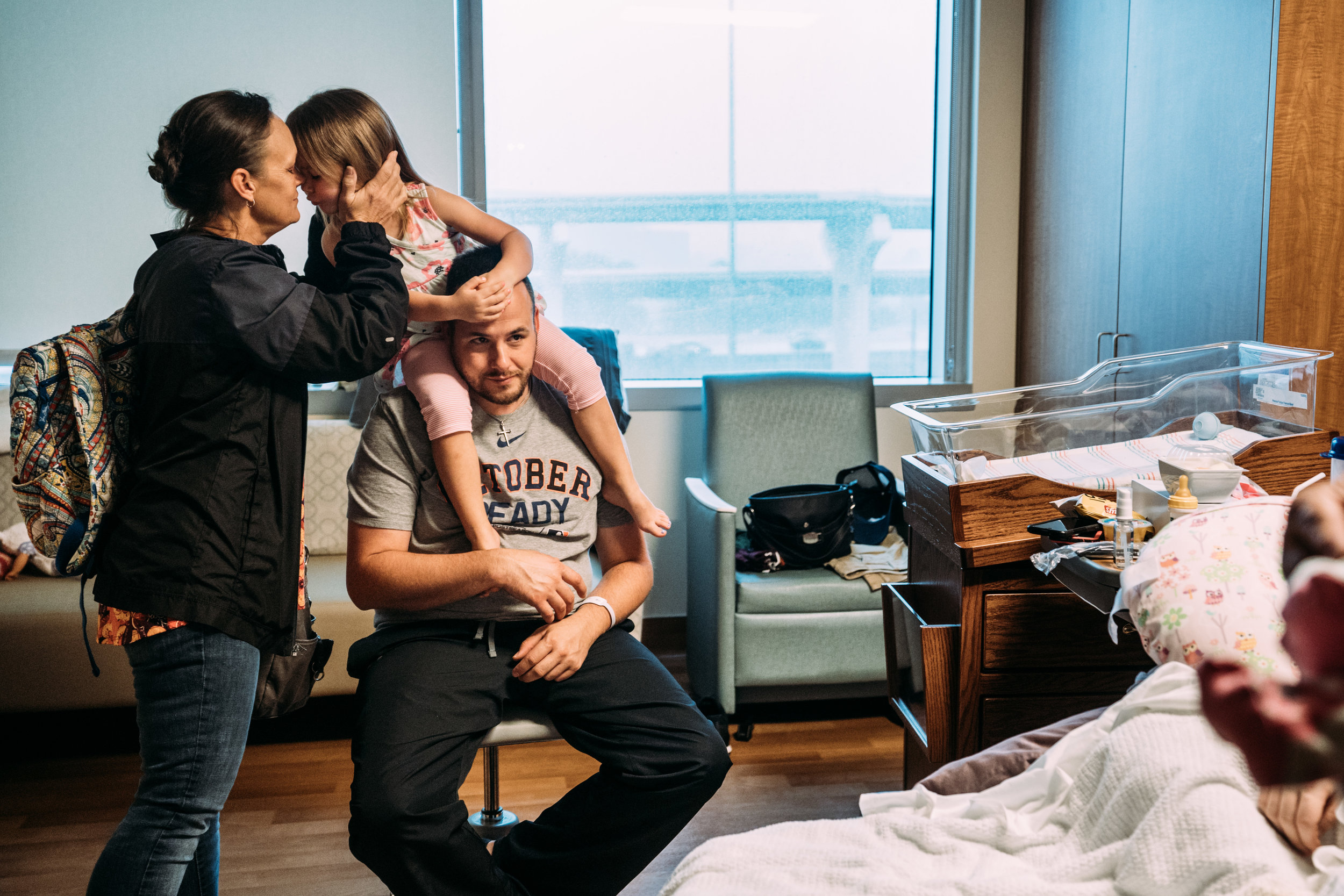 Documentary Family Photographer in Houston - Makenna's Fresh 48-08156.jpg