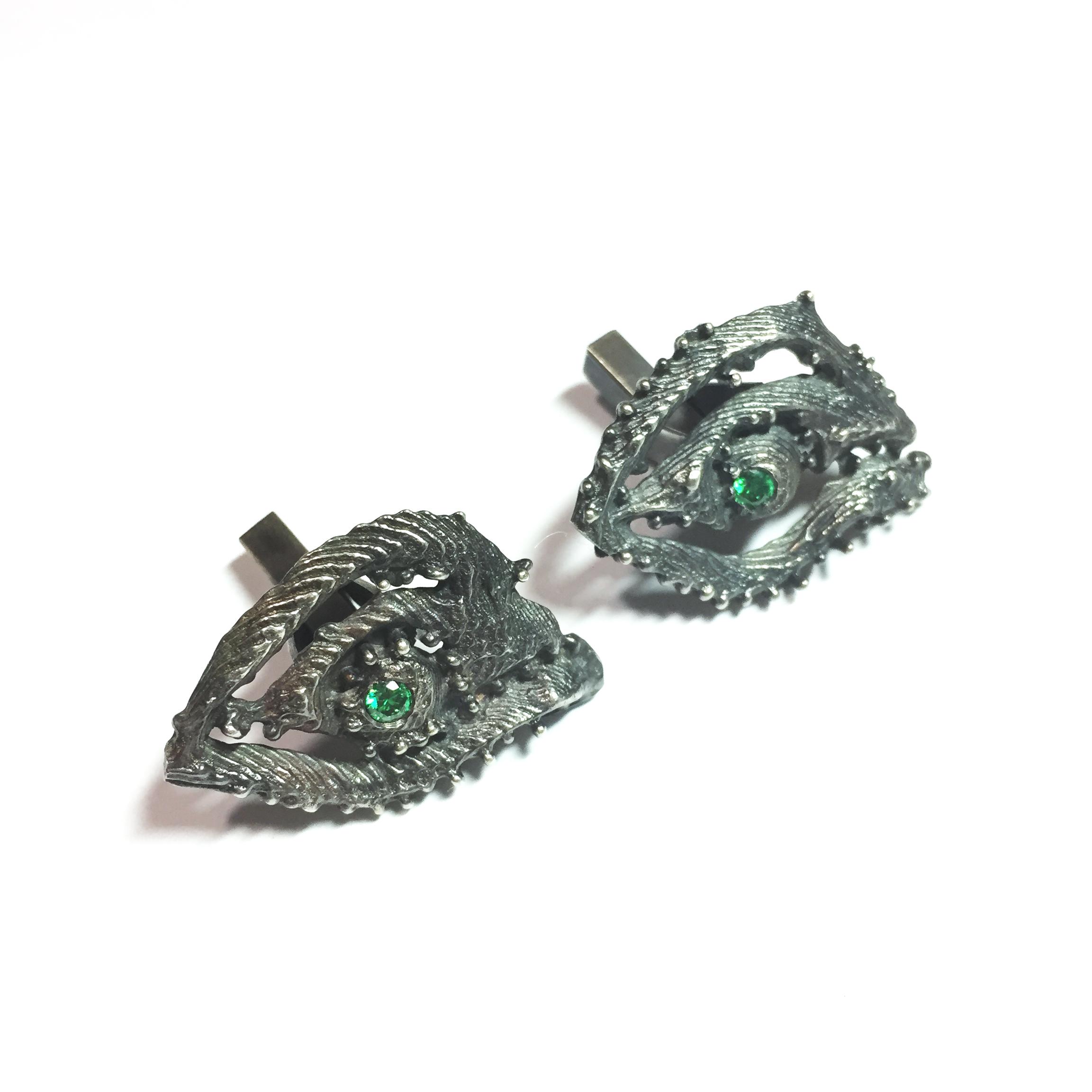 Chameleon inspired cufflinks