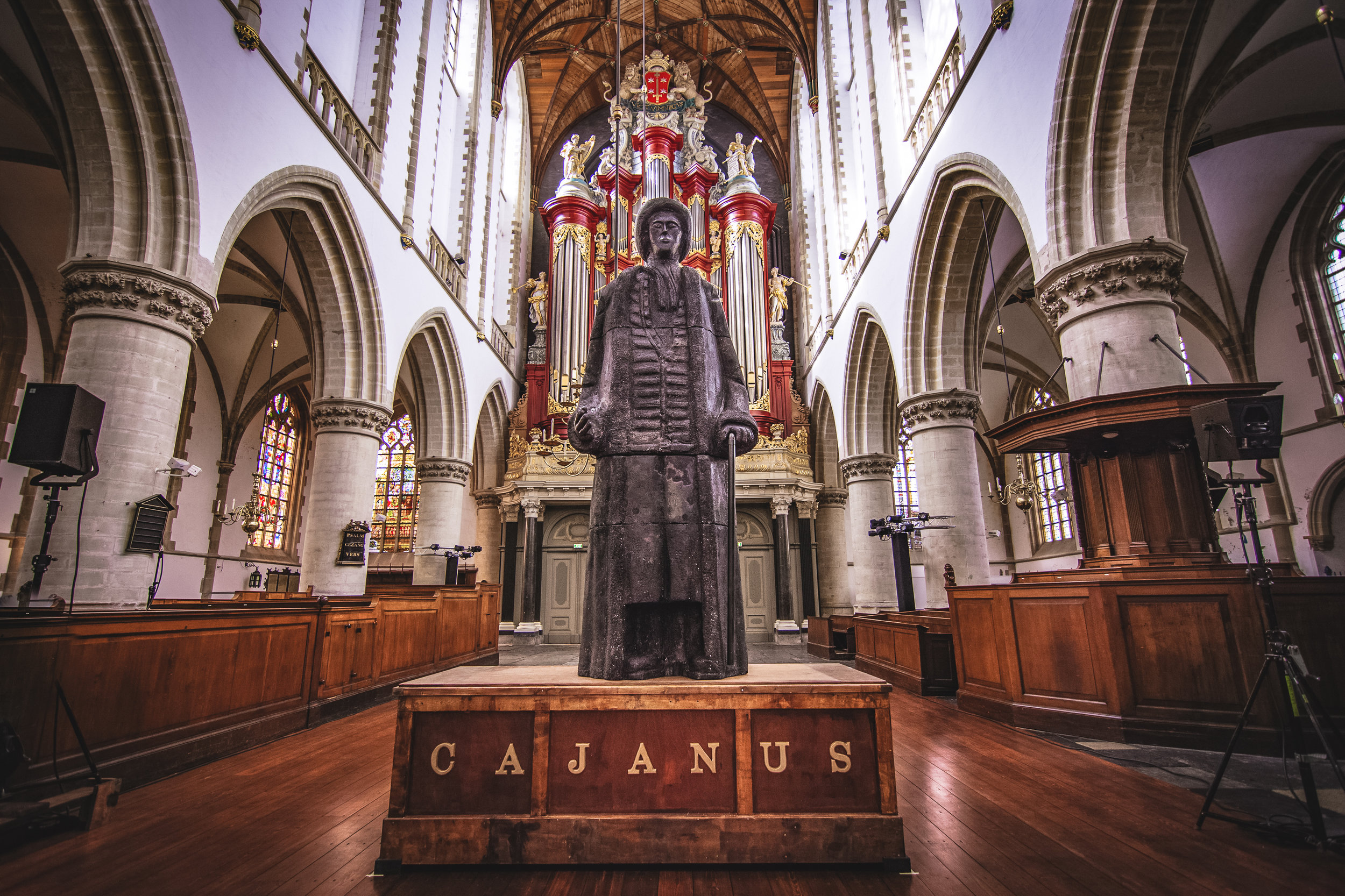 The burial place of a beloved giant named Cajanus at the church in Haarlem.
