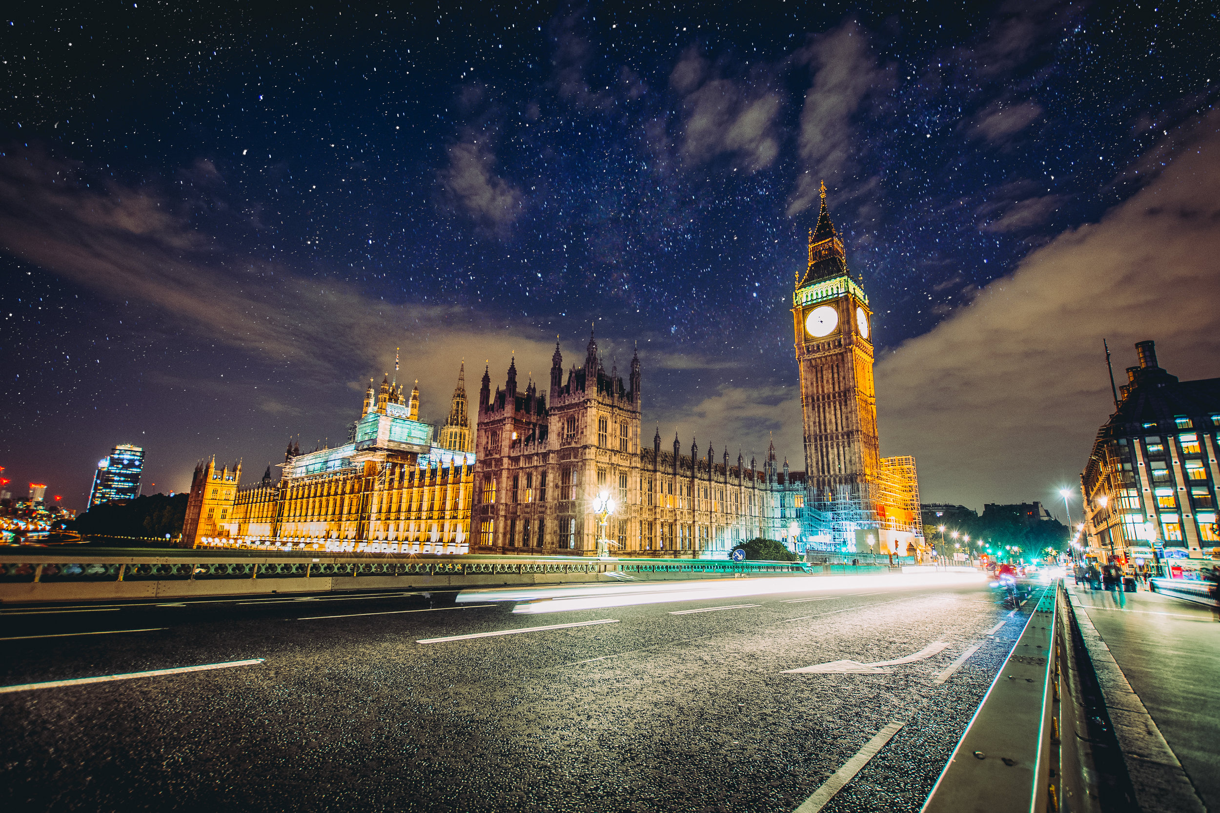 Big Ben at night. What more is there to say?