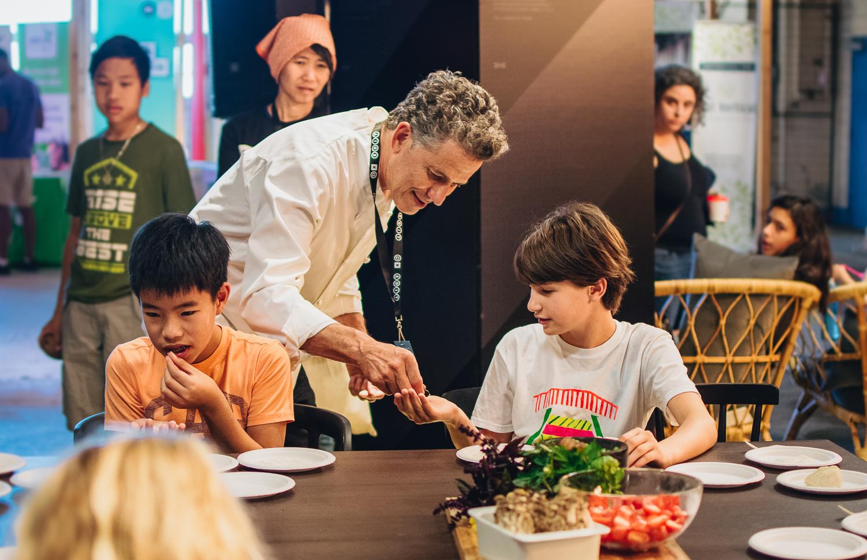 Chef Bob Blumer cooking for children.