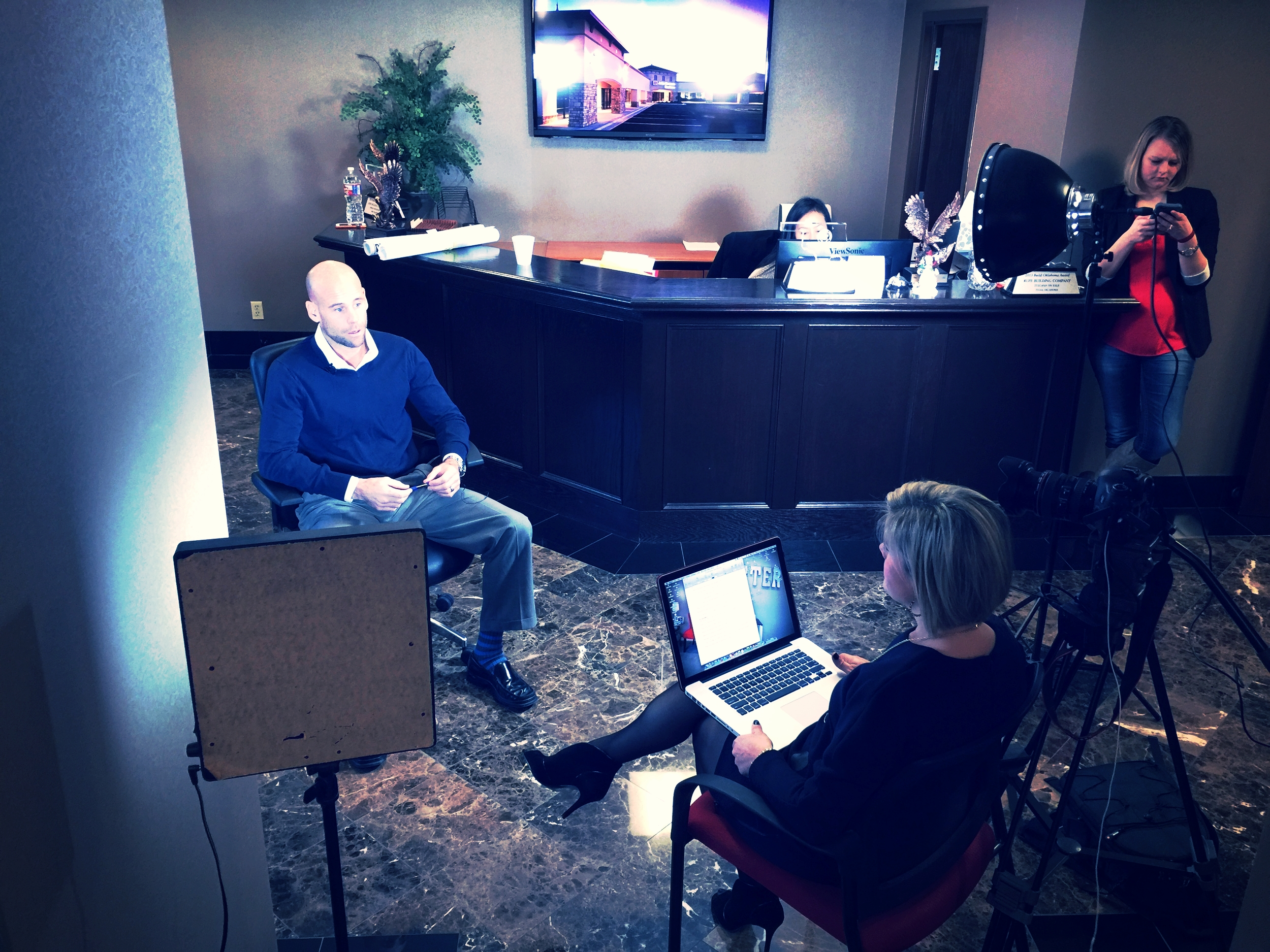 CHATTER-MARKETING-RECORDING-FOOTAGE-FOR-EMPLOYEE-TESTIMONIAL-VIDEO-FOR-RICH-AND-CARTMILL.JPG